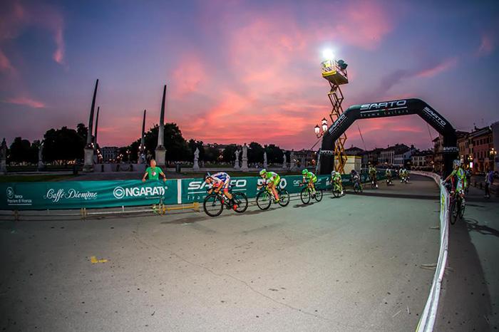 gara ciclistica di padova